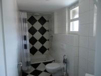 Gemeinschaftsdusche-/WC für Gästezimmer
